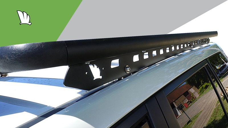 Toyota Prado 150 Series with a Wedgetail roof rack installed showing the mounting rail and the side wall of the platform.