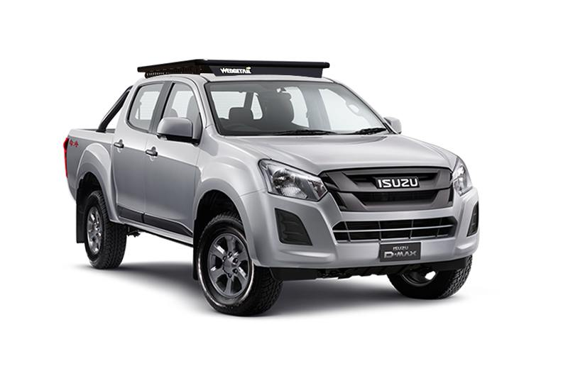 Image of Isuzu D-Max dual cab ute with a Wedgetail rack installed.